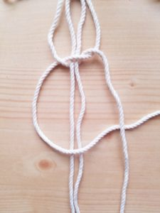 マクラメ 平編み