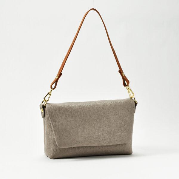 フタ付きハンドバッグ